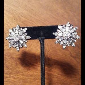 Gorgeous Baublebar Pierced Earrings
